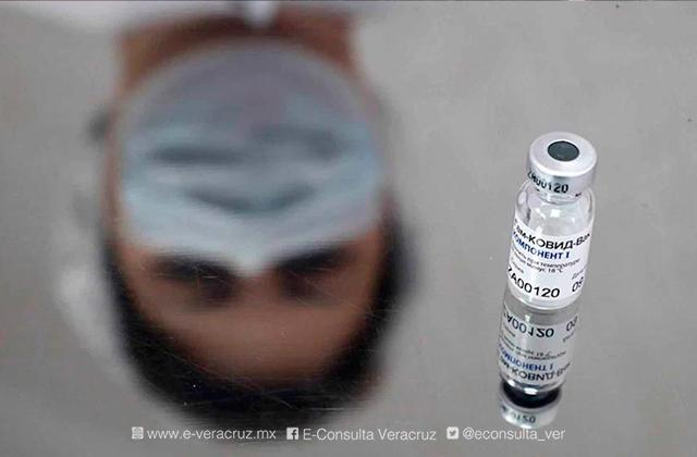Desinformación y miedo sobre vacunas es más veloz que el virus: UNAM