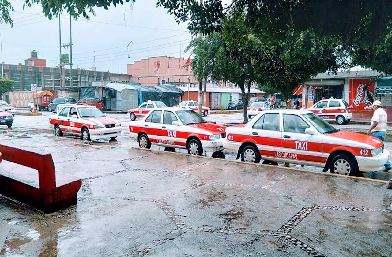 Detectan 50 taxis clonados en circulación, en Las Choapas