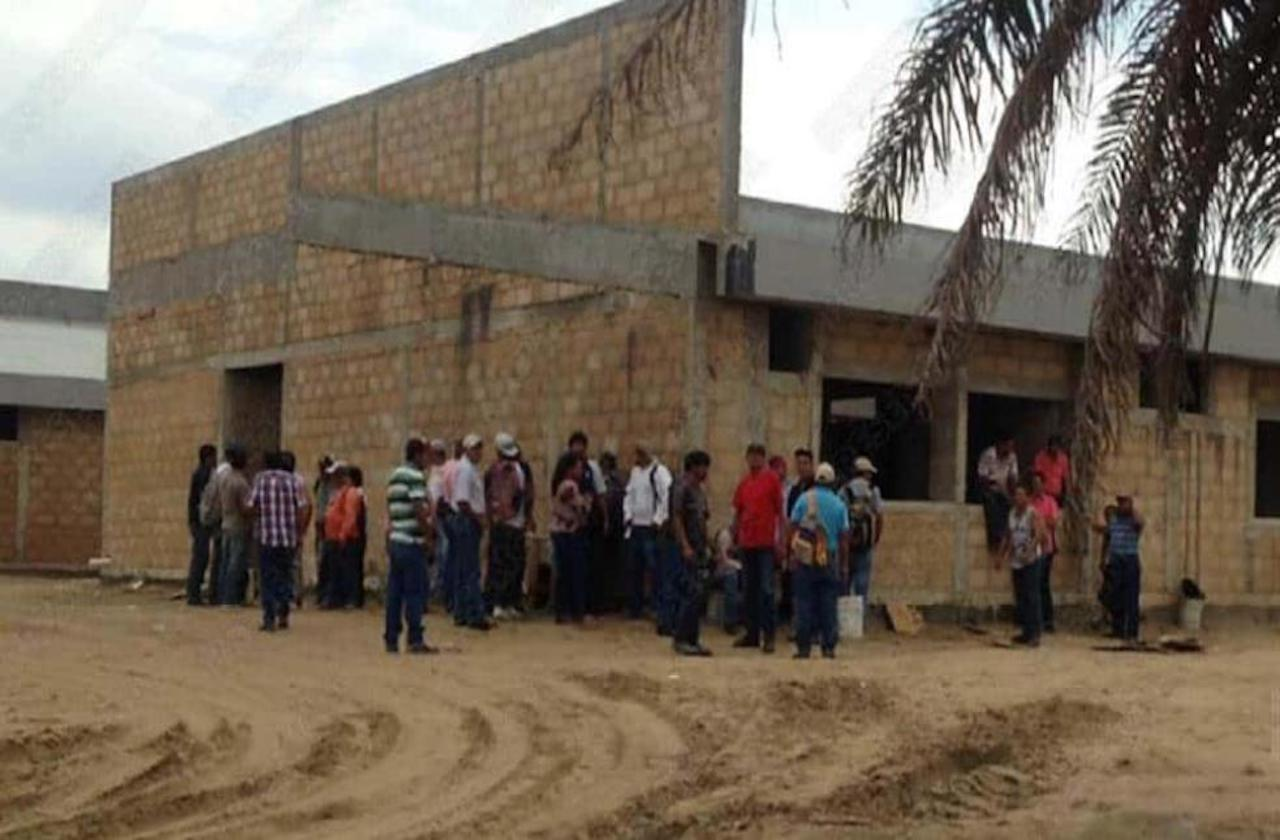 Detectan presunto daño patrimonial en Hospital Naval de Coatza