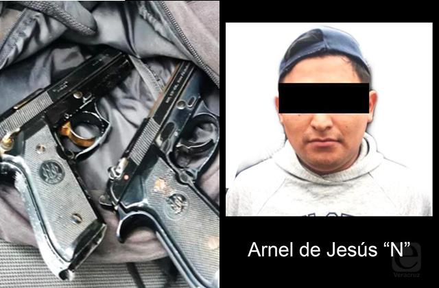 Detienen a menor de edad armado por presunta extorsión en Xalapa