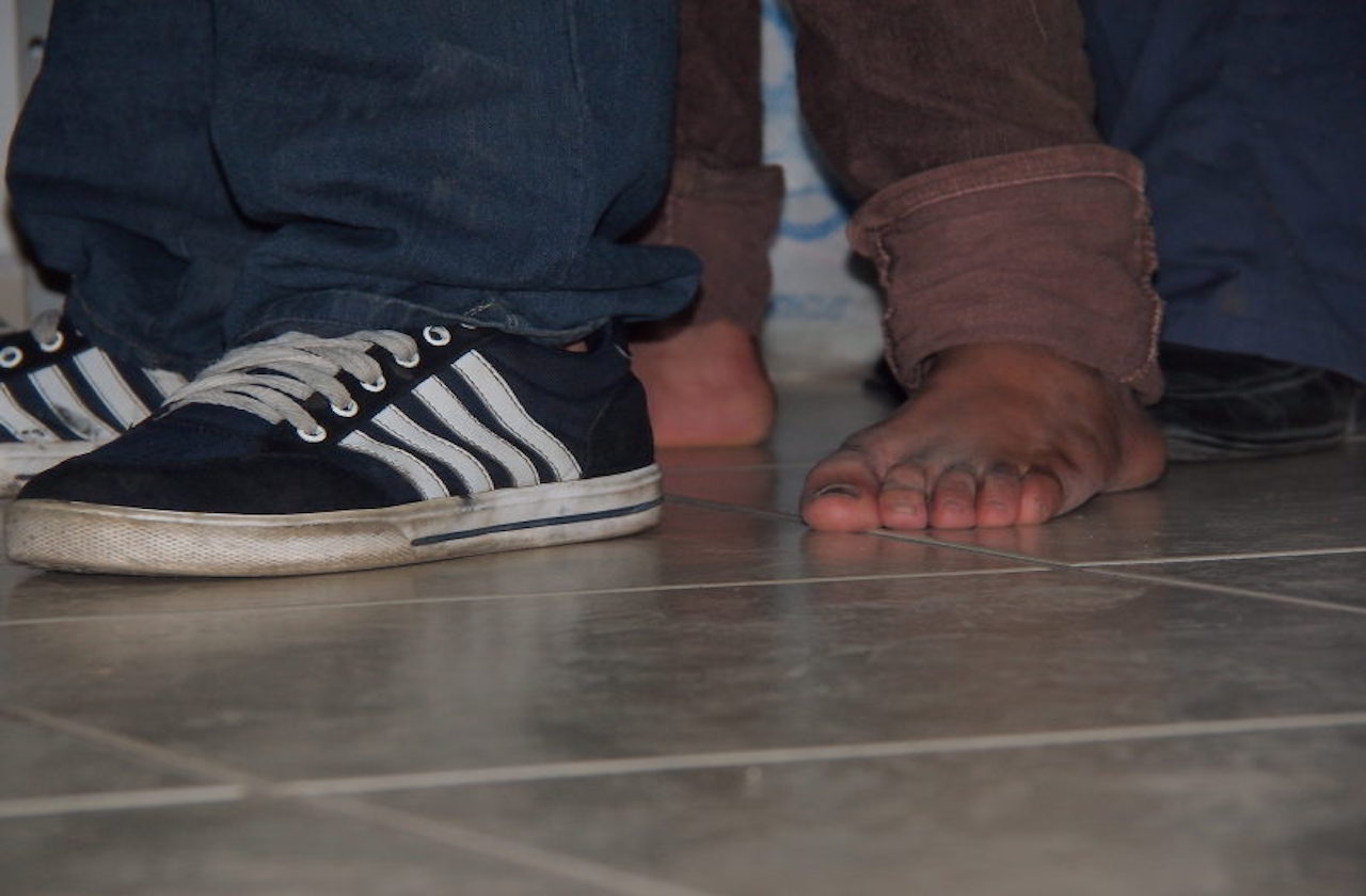 Detienen a 19 migrantes que se ocultaban en motel de Ixtaczoquitlán
