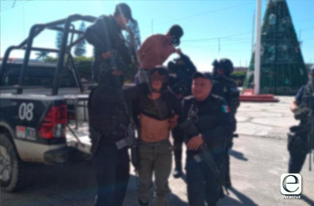 Detienen a presuntos abusadores de una menor en Las Choapas