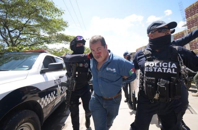 """Era """"irracional"""": Gobernador justifica detención de manifestantes"""