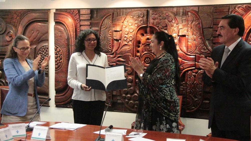Ana María Salazar, nueva directora General de Bibliotecas de la UV