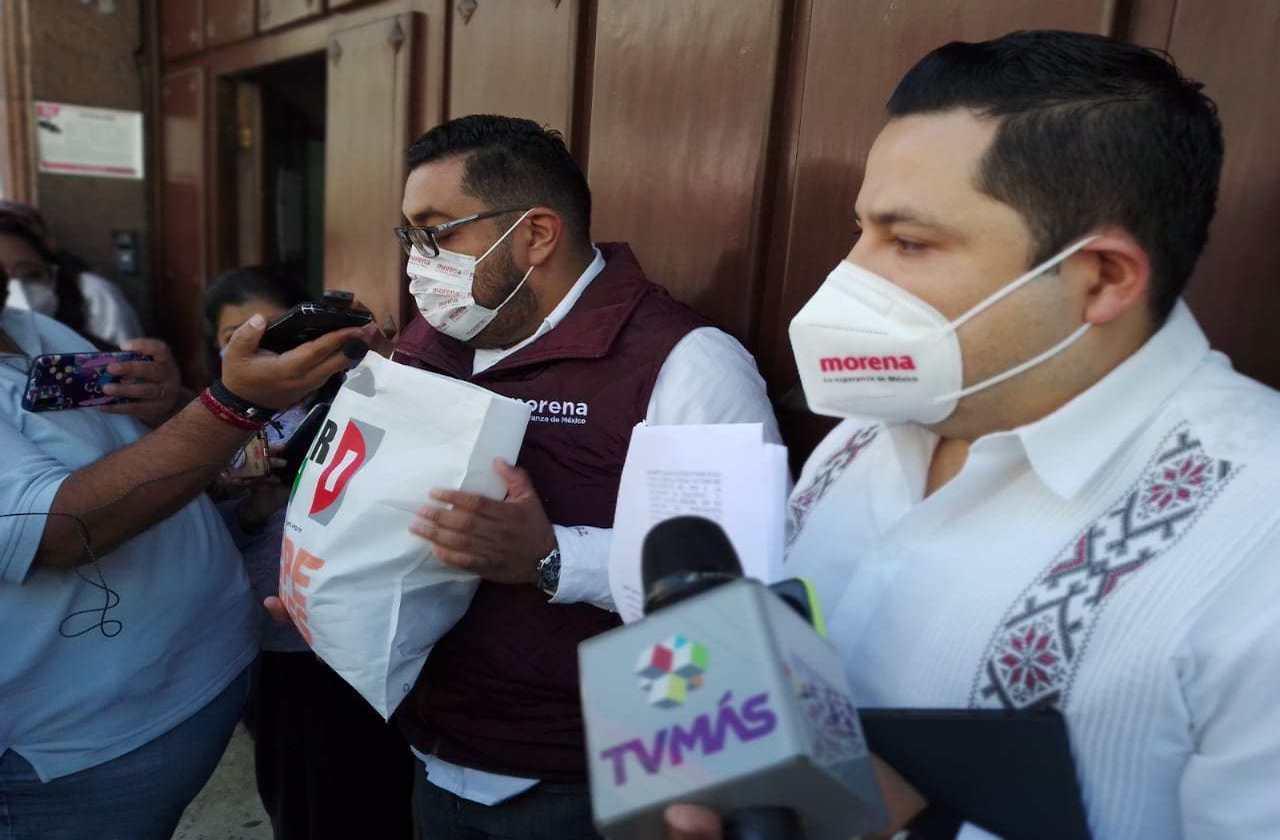 DIF de Xico reparte despensas de Pepe Yunes del 2018, acusan