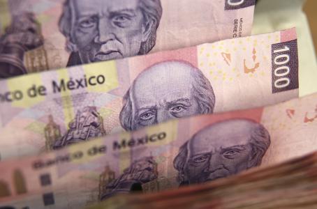 Prevén analistas 'apretón' monetario para diciembre