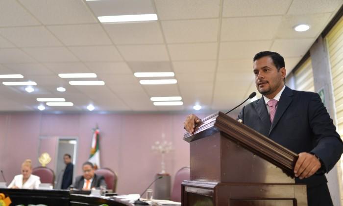 Diputado exhorta a federación a no reducir presupuesto 2017 para Veracruz