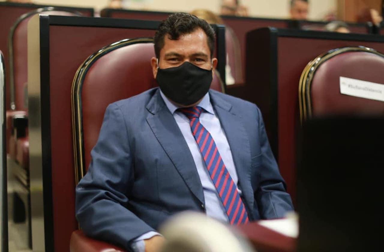 Diputado Maleno denuncia moches en bancada de Morena