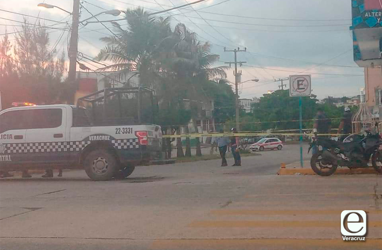 Disparan contra fachada de Autoelectrica de Coatza