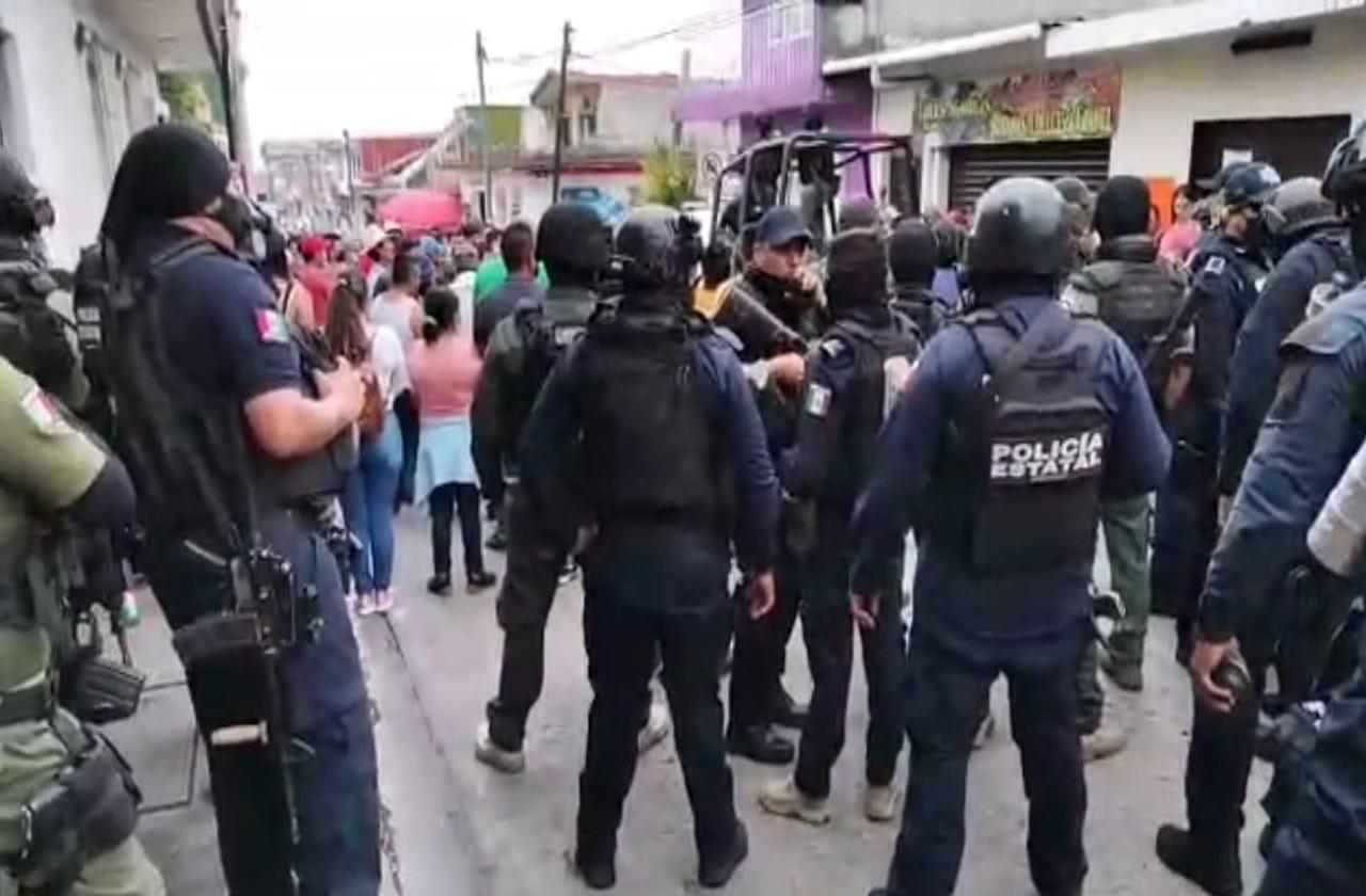 Dispersan con violencia a manifestantes en Fiscalía de Huatusco