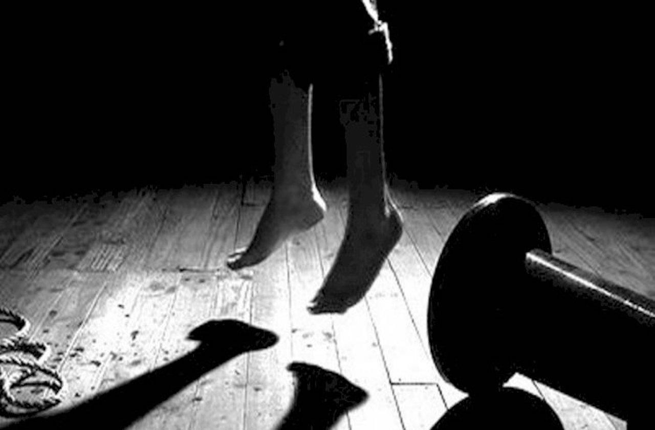 Dos suicidios en Las Choapas y uno en Sayula, este lunes