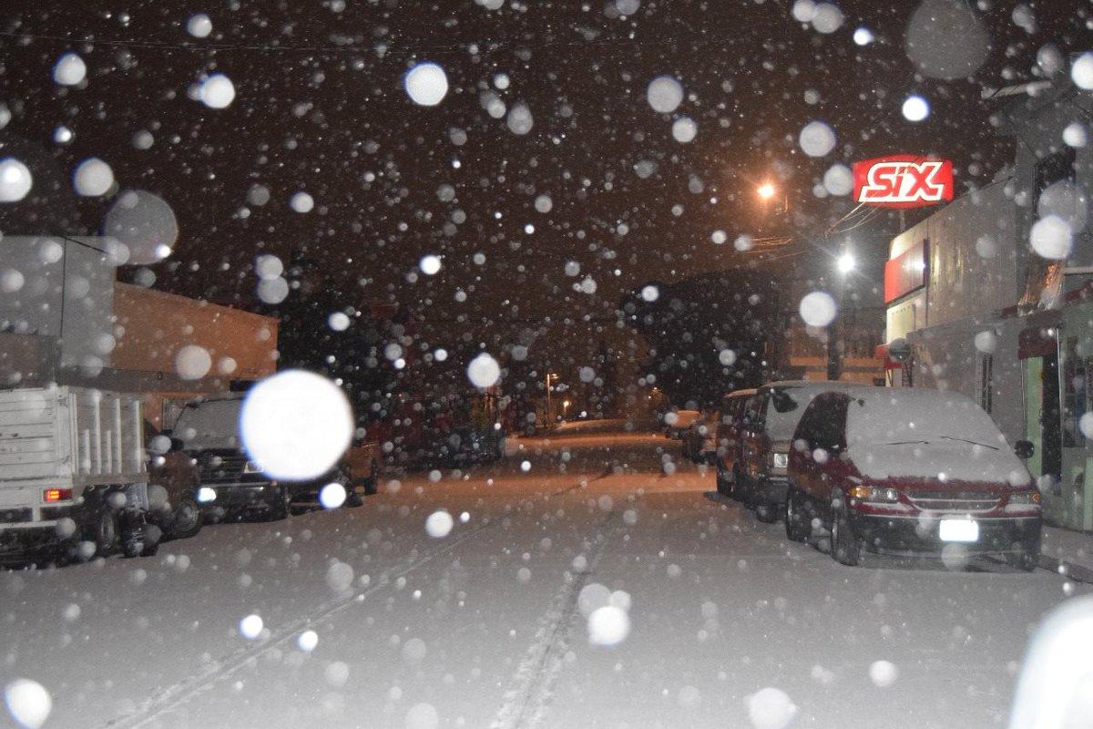 Imágenes de la nevada en Saltillo que cerró la carretera a Monterrey