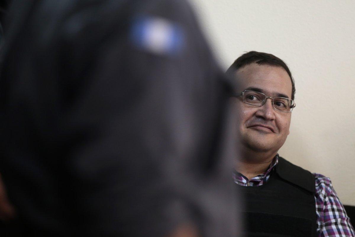 Vincula a proceso a contador de Duarte por lavado de 223 mdp