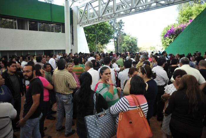 Ante amenaza de paro, Duarte anuncia que pagará a maestros 328 mdp pendientes