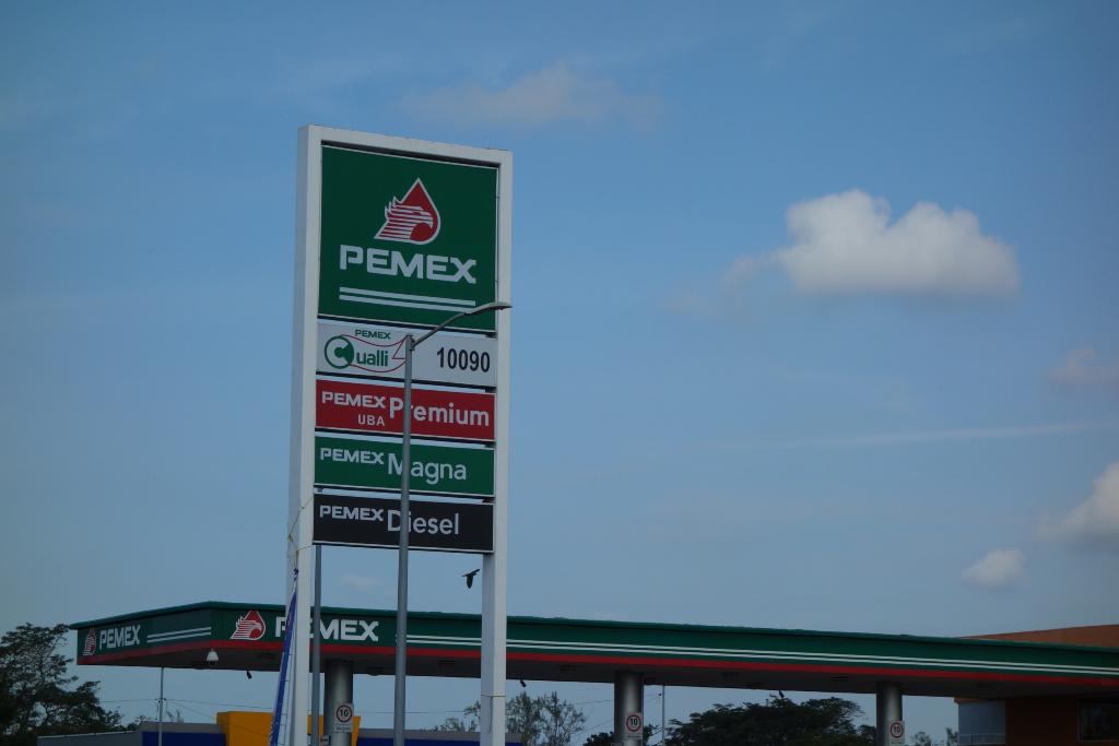 Asaltan gasolinera de la Veracruz-Xalapa