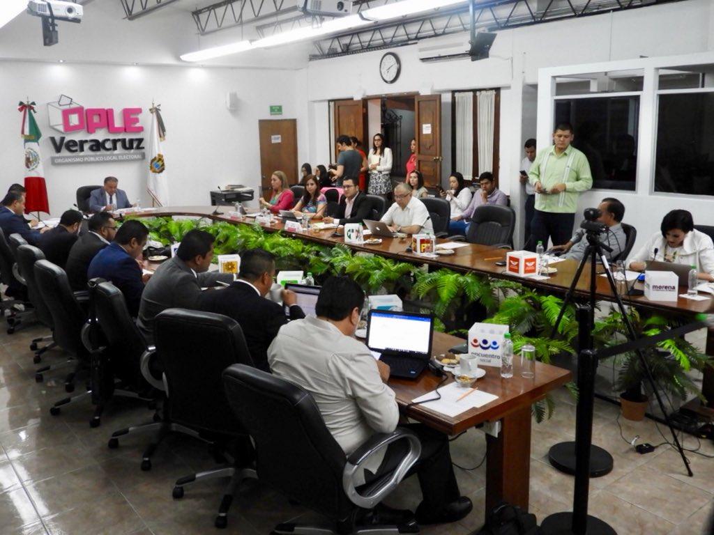 OPLE sale a la defensa de partidos y duplica gasto de campañas