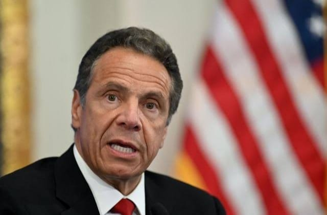 Otra víctima del gobernador de NY; van 6 acusaciones de acoso sexual