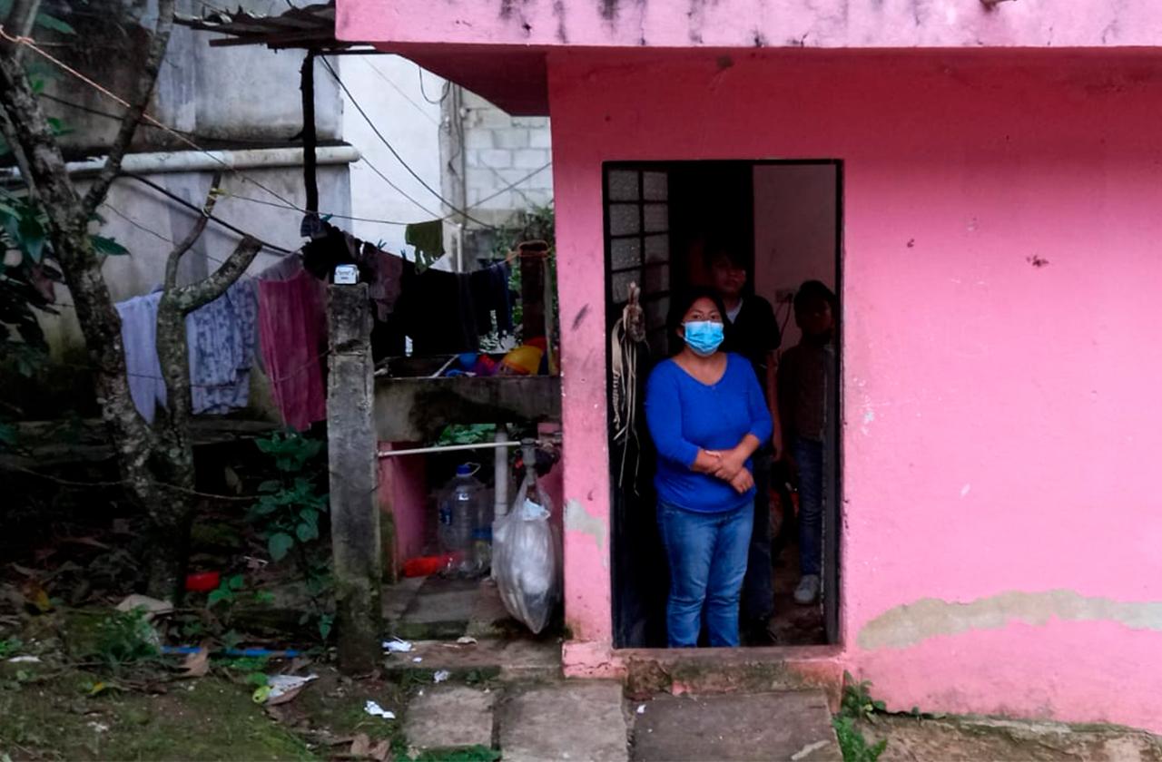 Comer o estudiar, el dilema de familia xalapeña