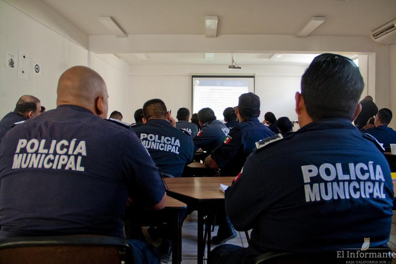 Policías de Xalapa comenzarán capacitación en Puebla sin permiso del Congreso