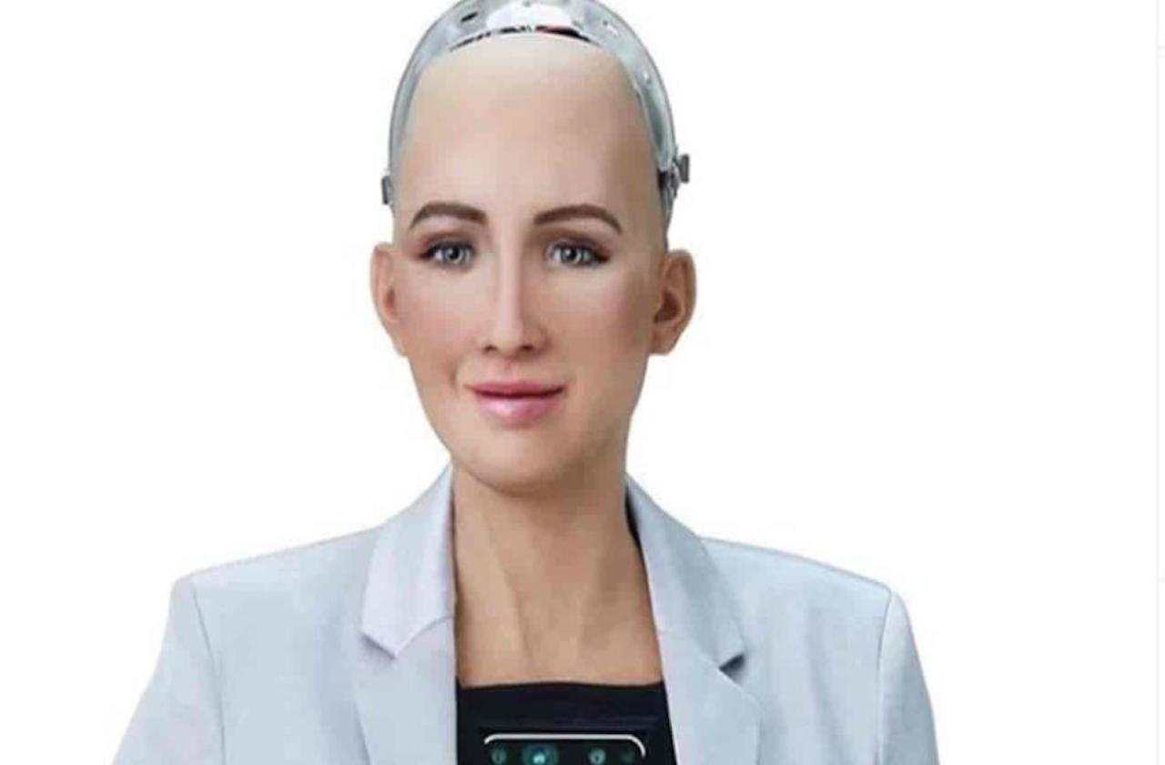 Ella es Sofía, la robot que ayuda a combatir la covid-19