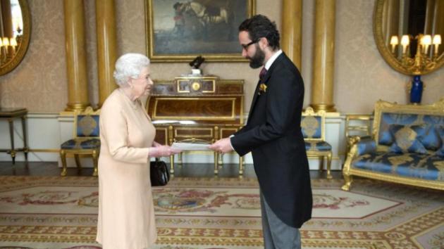 Embajador de México en Inglaterra lanza vivas a Porfirio Díaz