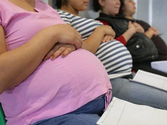 Concentra La Perla, alto índice de embarazos adolescentes