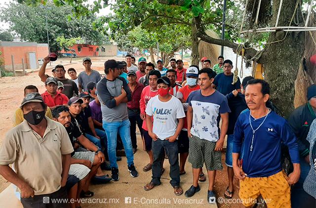 Empresas petroleras solo benefician a líderes: pescadores de Coatza