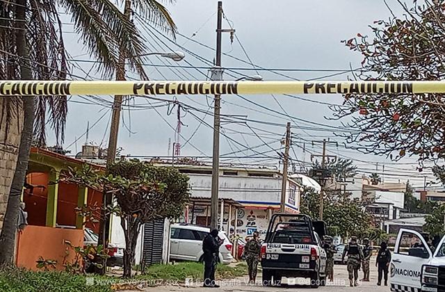 En ataque a taller mecánico, lesionan a una persona en Coatza