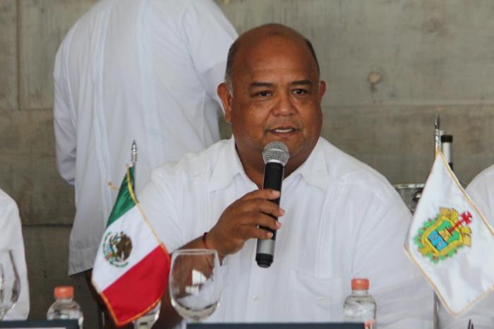 Respalda Cisneros a titular de CEDH tras
