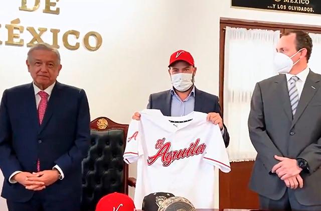 AMLO confirma regreso del Águila de Veracruz, en 2021
