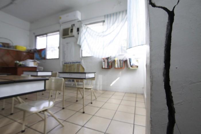 Reportan daños en escuelas del puerto de Veracruz tras sismo