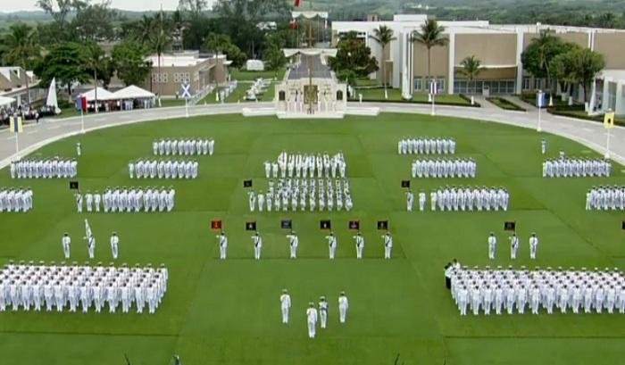 Epn Encabeza Ceremonia De Graduaci N De La Escuela Naval