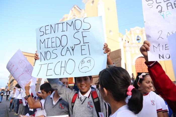 Alumnos de la escuela Leopoldo Kiel piden rehabilitación de plantel