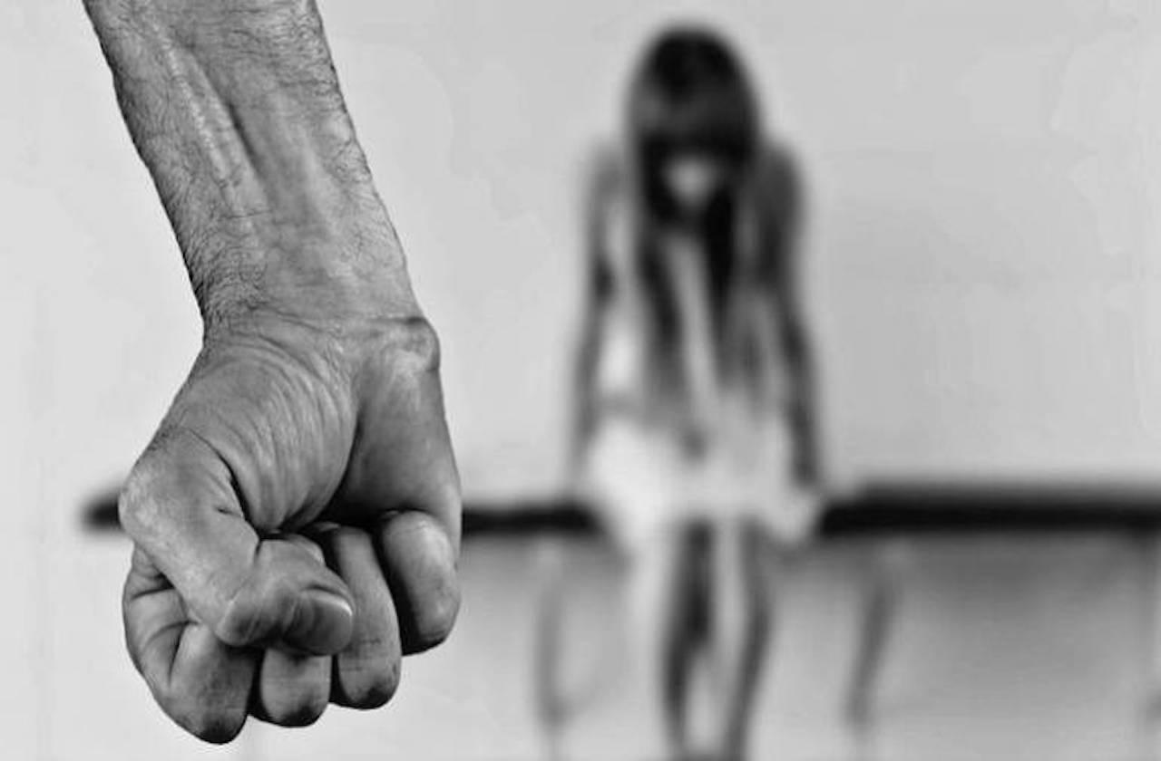 Ebrio, esposo golpeó a embarazada en Las Choapas