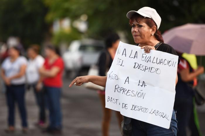 """Disidencia se defenderán del """"despojo laboral"""": CNTE y MMPV"""