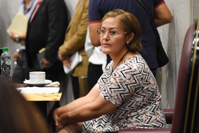 Eva Cadena llega al Congreso de Veracruz, pide respeto a los medios