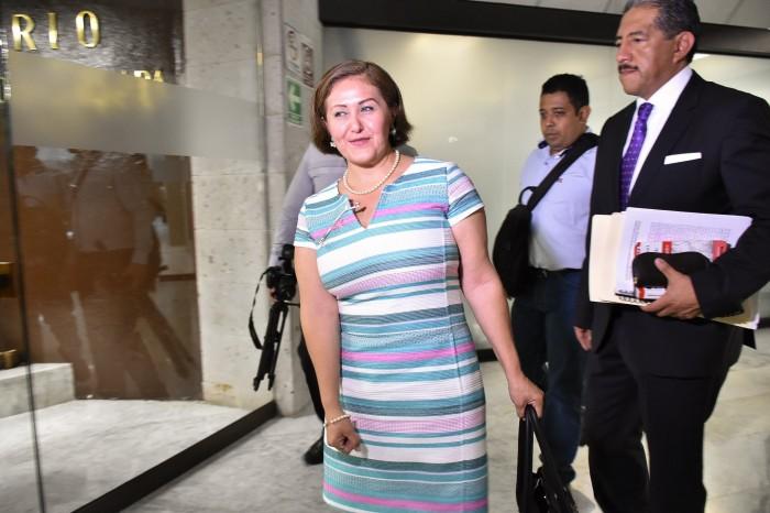 Eva Cadena asegura que no hay elementos para retirarle el fuero