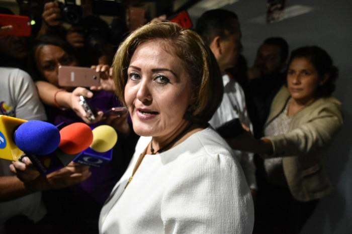 Eva Cadena regresa al Congreso de Veracruz, PGR la exonera