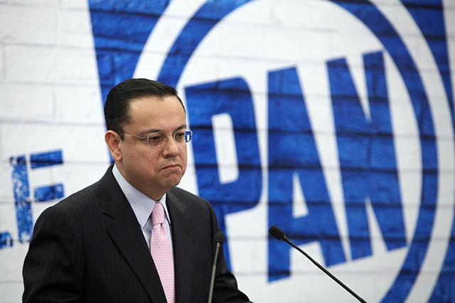 Ex presidente del PAN revela que AMLO lo convocó para fiscal general