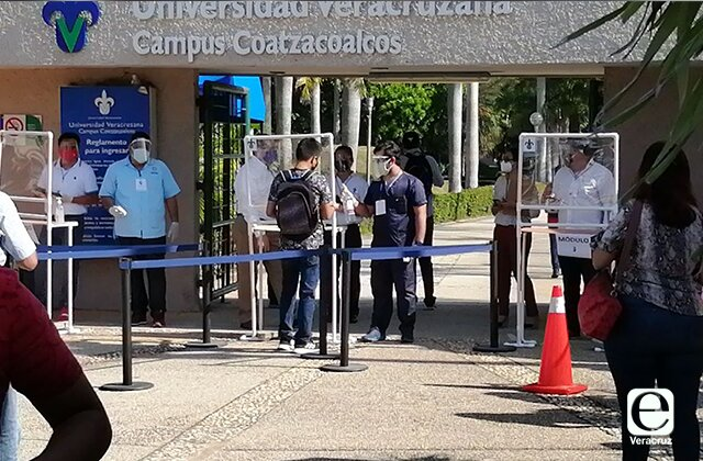 Más de 5 mil aspirantes a la UV aplican examen presencial en el sur
