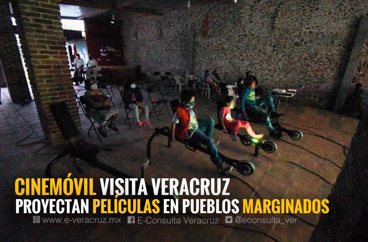 Experiencia inolvidable: llevan cine a niños en pueblos de Coatepec