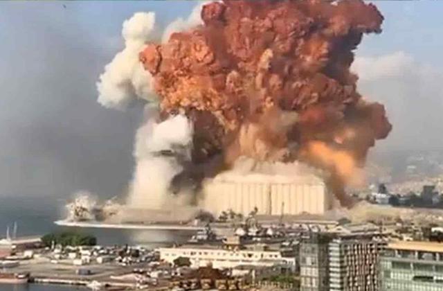 Fuerte explosión en Líbano deja decena de muertos y destrozos +videos