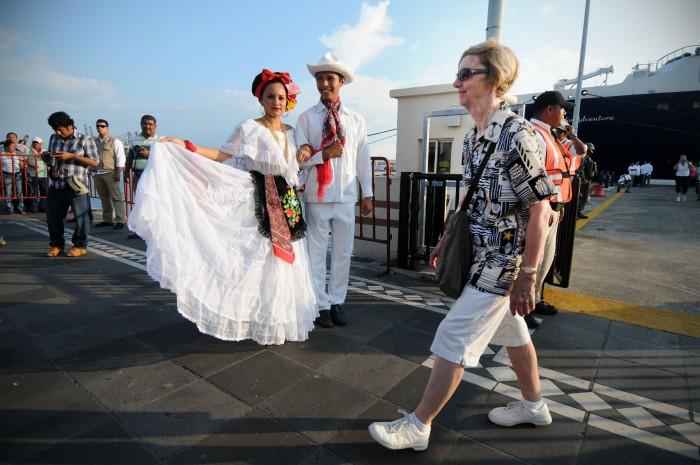 Reportan incremento de 10% en turismo extranjero