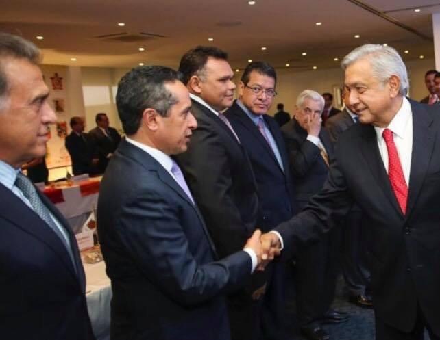 """Tras llamarlo """"loco"""", ahora Yunes busca a AMLO en conferencia de gobernadores"""