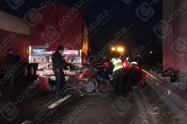 Choque en la Puebla-Orizaba deja tres muertos
