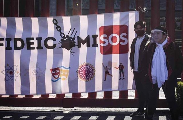 Defender fideicomisos es como defender corrupción: AMLO