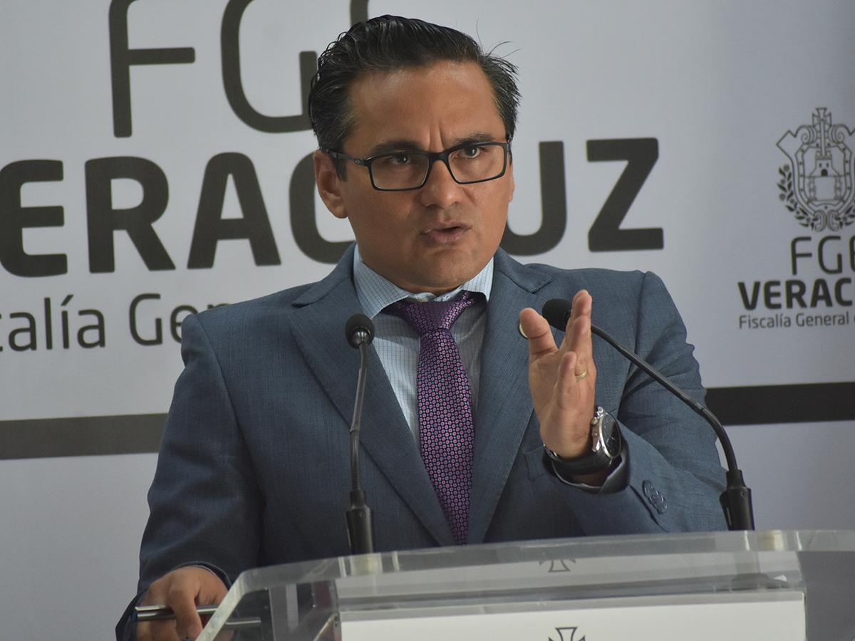 Pide Jorge Winckler a FGR no usar instituciones para