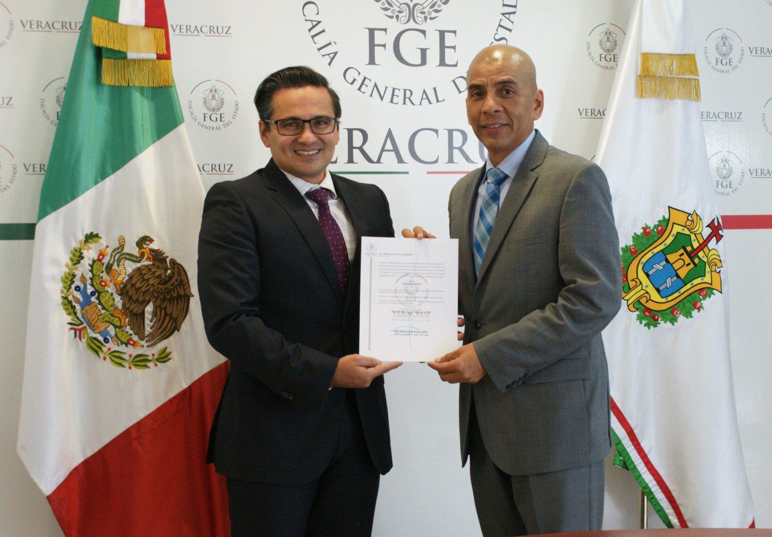 Abogados defienden al exfiscal anticorrupción de Veracruz