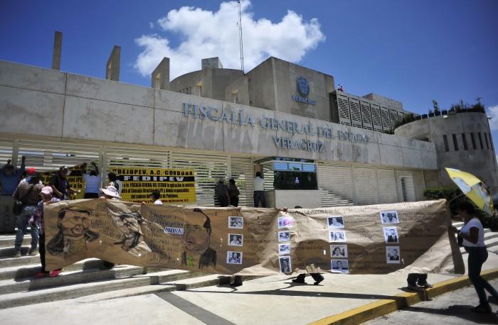 Jubilados y pensionados anuncian manifestación contra Fiscal veracruzano