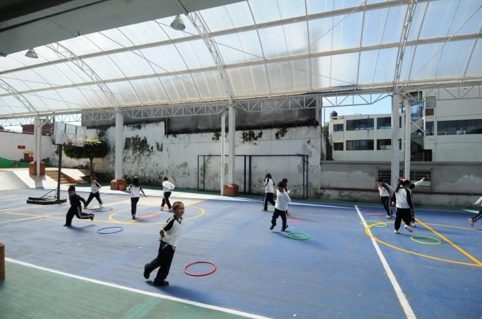 SEV no modificará clases de educación física ante altas temperaturas en el sur